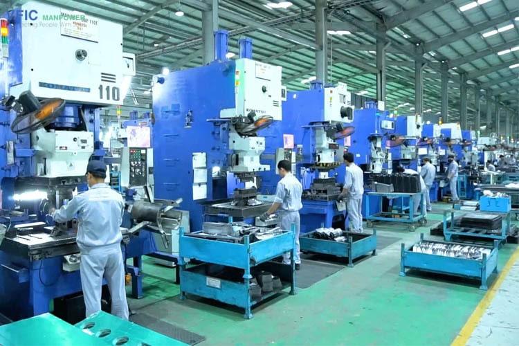 Gia công cơ khí ô tô xuất khẩu lao động Nhật Bản
